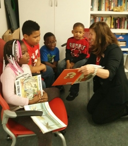 Beverly Bank volunteers lead story time